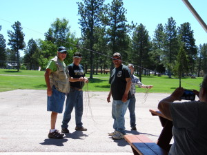 Bill, from Florida, John, WY7VAF, Gary, W7GSH, and Jack, WY7JR setting up the GOTA antenna